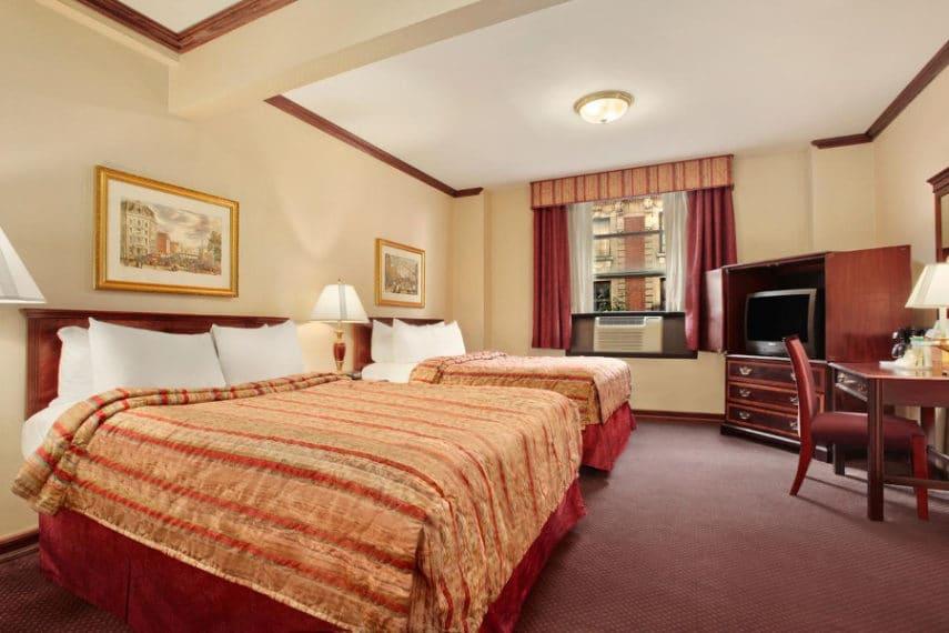Days Hotel Brodway