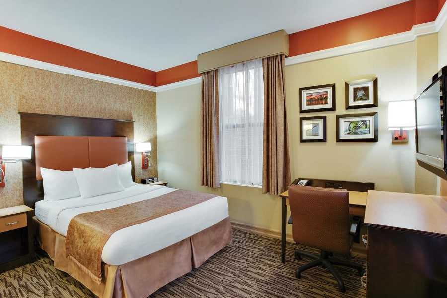 La quinta inn suites manhattan h tel 3 toiles new york for Hotel pas cher a ny